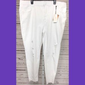 Melissa McCarthy Seven Pencil Jeans White NEW